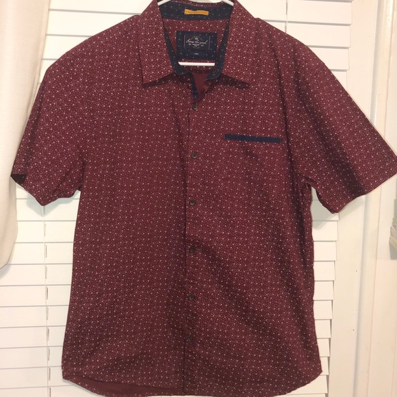 across the pond Other - Across The Pond short sleeve button down w/pocket